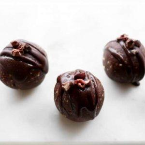 Dark Chocolate Mint Truffles, Sweetened with Dates