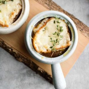 Vegetarian French Onion Soup | Unsweetened Caroline