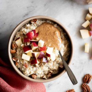 Cozy Apple Cinnamon Oatmeal