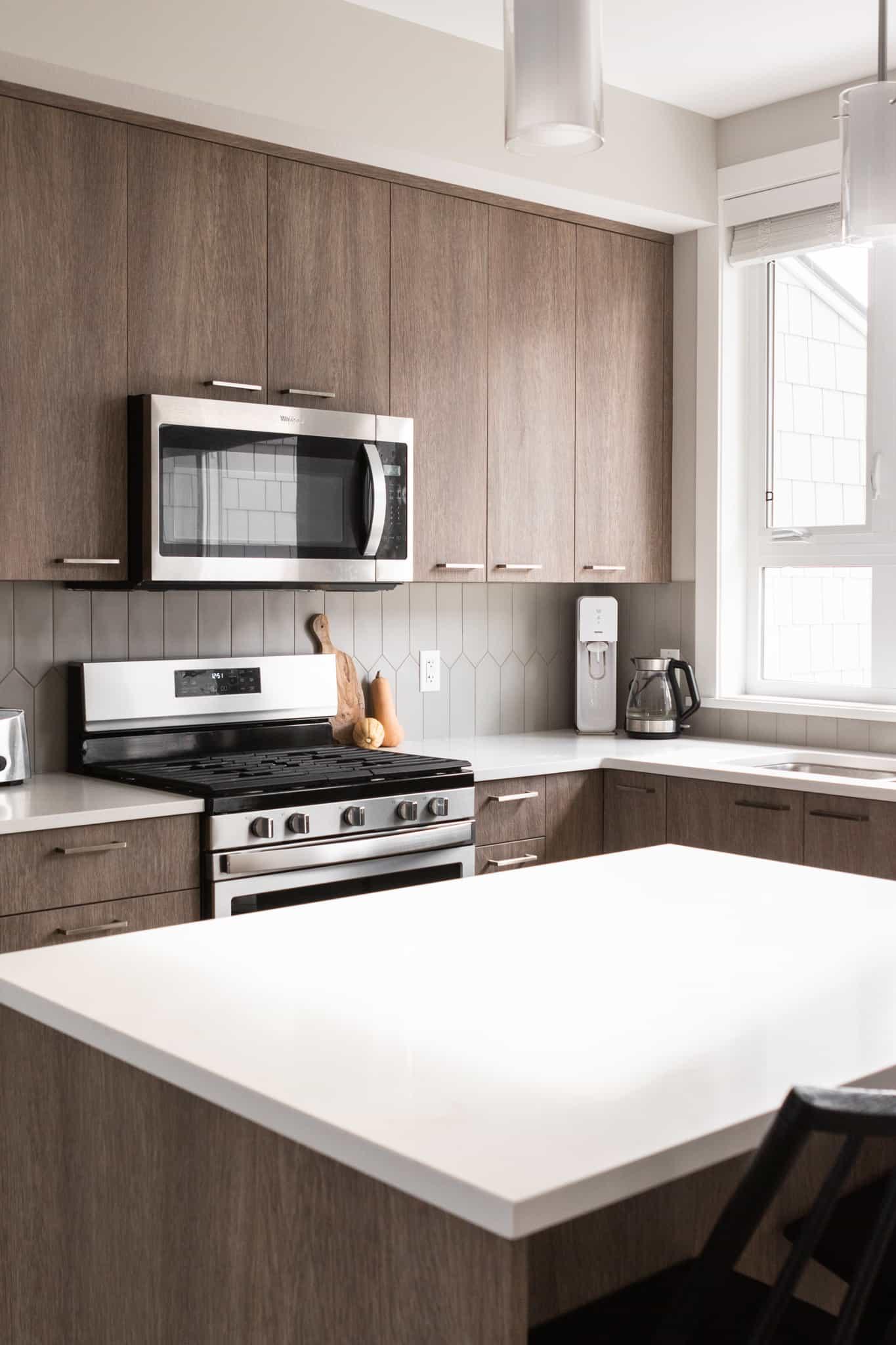 minimalist vegan kitchen